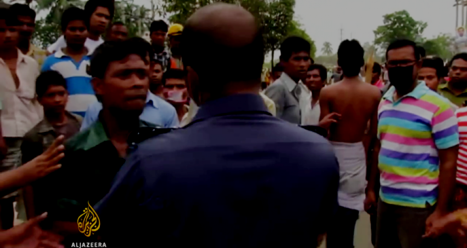 Confrontation between textile workers on strike and the police in Bangladesh